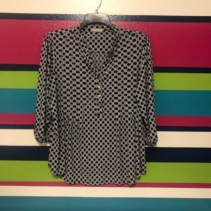 Black and white patterned top